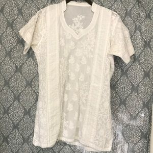 Romantic embroidered / quilted short sleeve top
